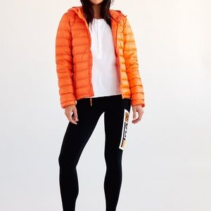 Aritzia Tna packable down jacket